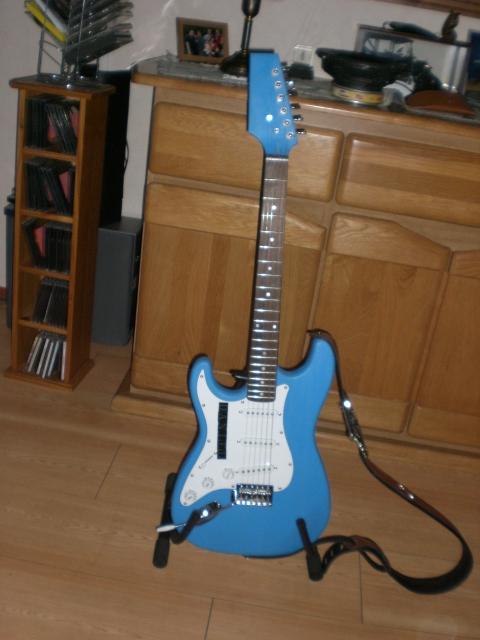 Zelfgebouwde gitaar